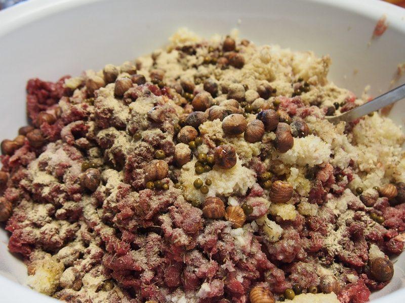 préparation terrines de lièvre chambres d'hôte Le Bocage La Capelle vervins